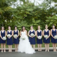 Bride with bridesmaids in Niagara