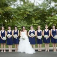 Bride with bridesmaids in Niagara