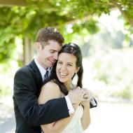 Bridal photos of a bride and groom