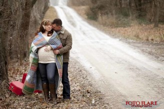 Winter maternity photographs