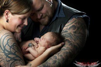 Family photo with newborn